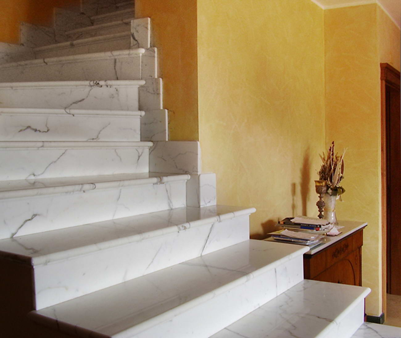 Scale in marmo scalinata marble stairs gradini in marmo - Scale moderne in marmo ...