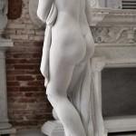 Scultura: la Venere del Canova in marmo statuario
