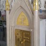 Tabernacolo Oro, Tabernacolo in marmo - 2